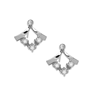 DIAMOND AND 9K WHITE GOLD STUD EARRINGS - RTC-B3341Y