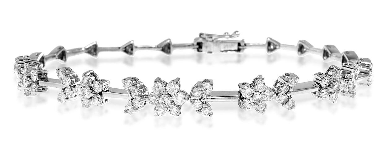 18K WHITE GOLD DIAMOND BRACELET 2.20CT - J3343