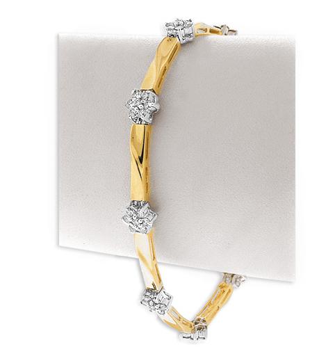 9K GOLD DIAMOND FLOWER CLUSTER BRACELET (1.60CT)