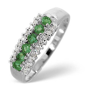 9K White Gold Diamond and Emerald ring 0.09ct