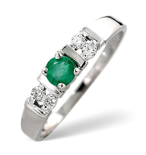 18K White Gold Diamond and Emerald Ring 0.10ct