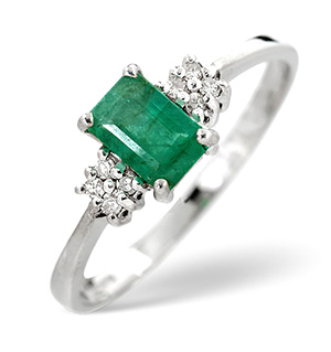 18K White Gold Diamond and Emerald Ring 0.06ct