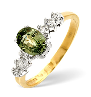 9K Gold Green Sapphire Ring with Shoulder Diamonds