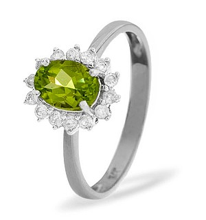 9K White Gold Diamond and Peridot Ring 0.21ct