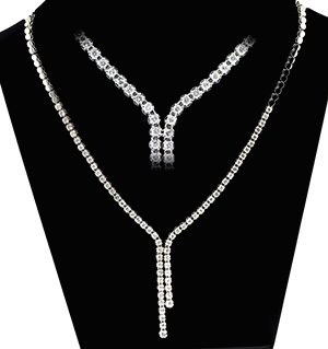 18KW DIAMOND NECKLACE 3CT PK