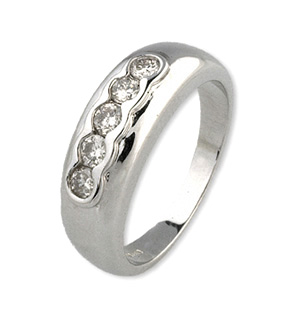 18K White Gold Chunky Ladies Diamond Ring