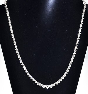 Collarette Necklace 10CT H/Si Diamond 18KW