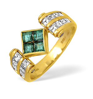 18KY Princess Diamond and Emerald Ring with Square Detail 1.00ct