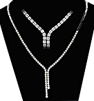 18KW DIAMOND NECKLACE 3CT G/VS